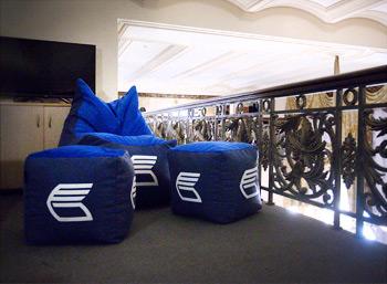 Бескаркасная мебель RANGA Performance для офиса ВТБ в центре Москвы